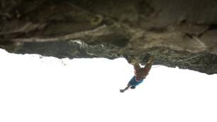 Siebe climbing in Massone